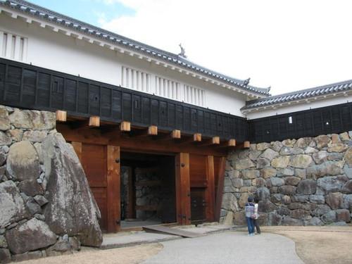 松本城:玄蕃石